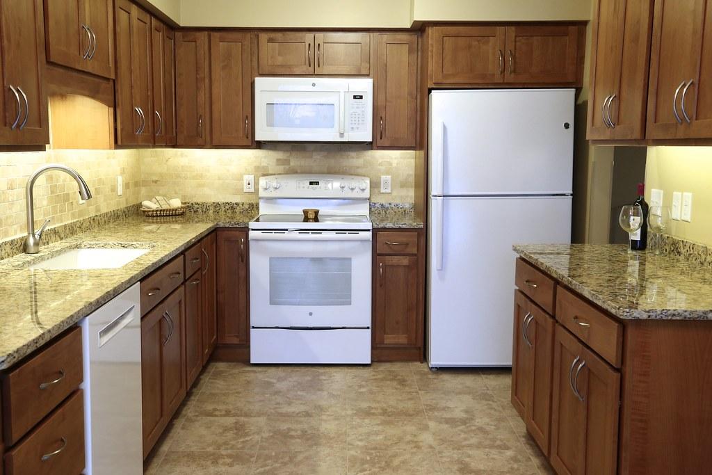 Kolojeski kitchen 100