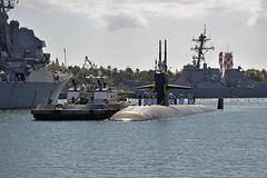 USS Louisville (SSN 724) returns to Joint Base Pearl Harbor-Hickam, April 10. (U.S. Navy/MC1 Steven Khor)