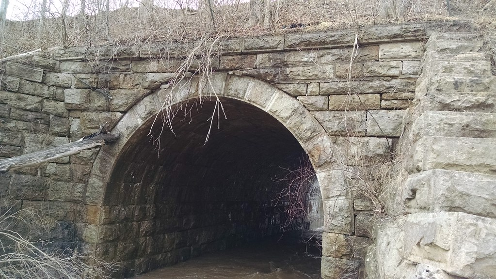 West Shore RR Stone Arch Culvert, Hecla Pond, Hecla, NY | Flickr