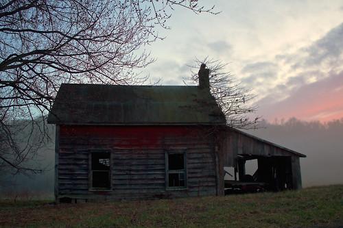 blue sunset fog rural landscape twilight scenic pleasantvalley