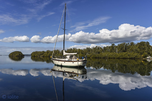 doracreeknikon clouds reflections bluesky nikond810 sailboat sailing beautifulwaterscape