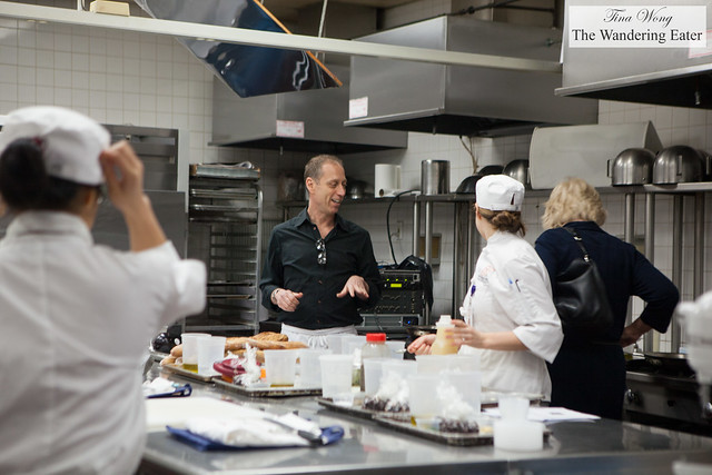Cookbook author David Lebovitz (in the center, wearing a black shirt)