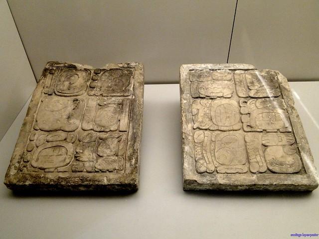 Escritura Maya (Museo de América de Madrid)