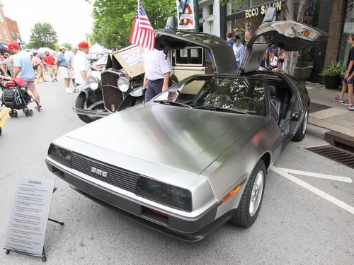 DMC DeLorean - Franklin on the Fourth