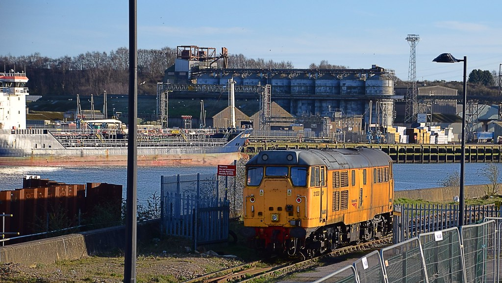 Network Rail Loco 31233 At Griffin Wharf Ipswich On Wha