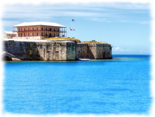 blue sea house building water museum landscape coast fort dreamy serene bermuda fortification kingswharf commisioner ipadography ipadedited