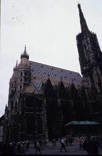AT Viena 9807 002