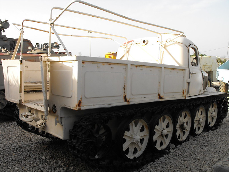 AT-L Artillery Tractor 4