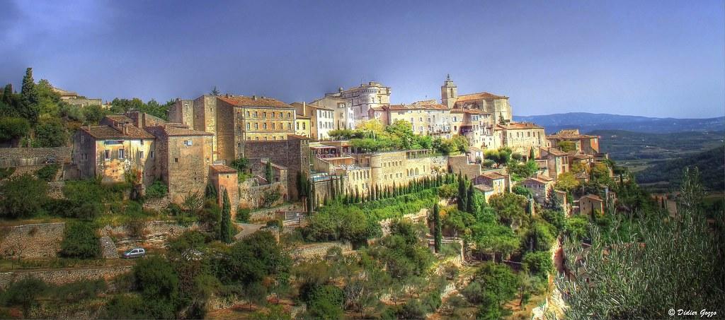 Village de Gordes dans le Vaucluse