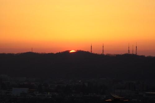 sunset sun 山 太陽 夕日 夕暮れ 夕焼け 北アルプス 立山 富山 立山連峰 日本アルプス 富山県 日の入り 呉羽山