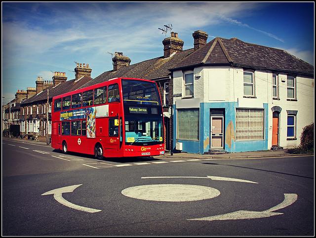Go-Ahead London 898 (PO59 KGA)