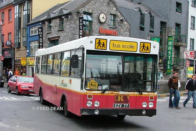Bus Eireann KS77 (EZV77).