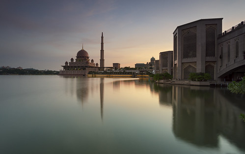 world park longexposure morning travel lake reflection building tourism sunrise photography arch sony muslim prayer relaxing istanbul mosque malaysia destination putrajaya interest masjid samyang putramosque a6000