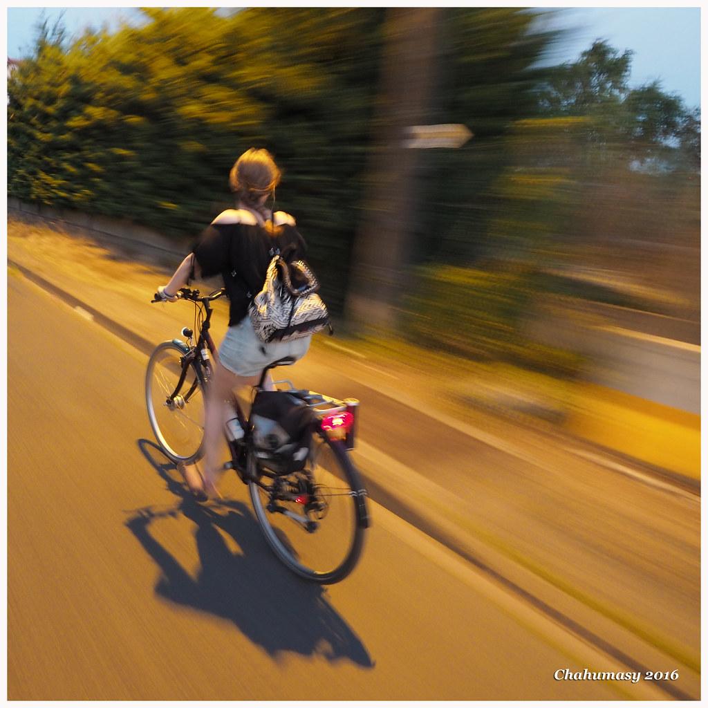 Chahumasy 2016-08-14 (25) vélo nuit fond filé