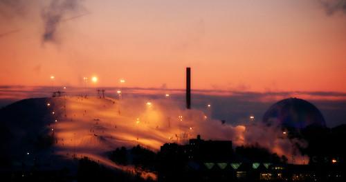 pink winter sunset snow sweden stockholm viewfromhome globen sickla nacka hammarbybacken finntorp