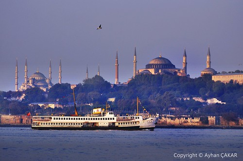 cityscape istanbul hagiasophia ayasofya steamboats sarayburnu salacak seragliopoint vapurlar