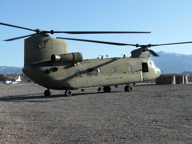 CH-47F Chinook 04-08717 B-CO/2-82AVN U.S.ARMY. Tarin-Kowt, Uruzgan, Afghanistan. November 2009.