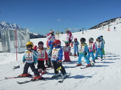 skis školka Passo Tonale