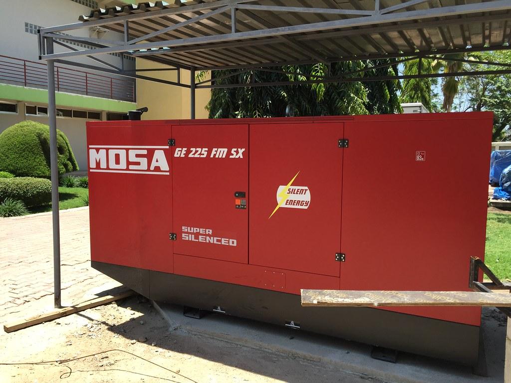 Mwanza tanzania ge 225 fmsx mosa generatori for Mosa motosaldatrici