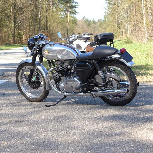 TriBsa Cafe Racer 650cc OHV
