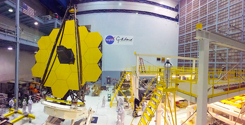 Panorama of the James Webb Space Telescope and NASA Goddard Cleanroom