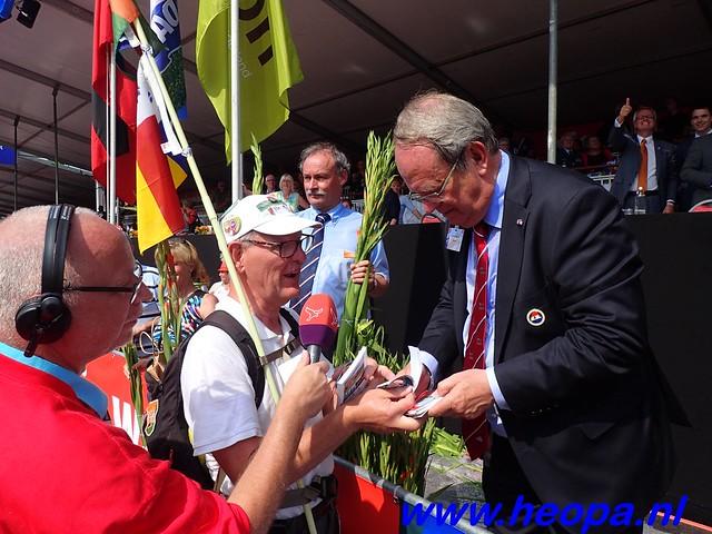 2016-07-22   4e     dag Nijmegen      40 Km   (194)
