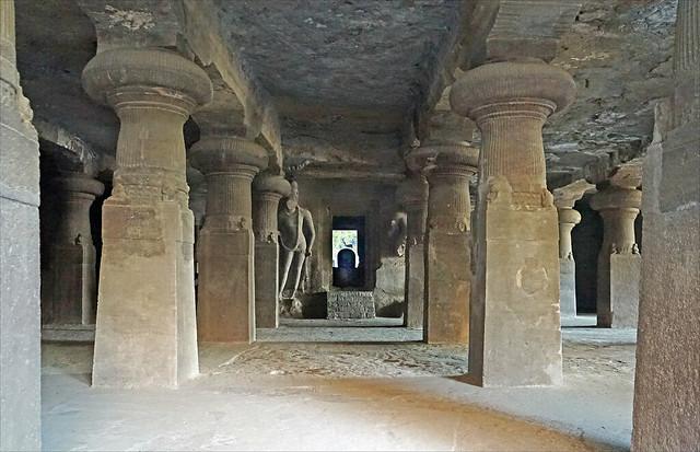 La grotte de Shiva à Elephanta (Mumbai, Inde)