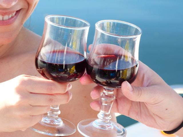 Brindando con un buen vino alentejano