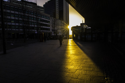 morning start sunrise golden birmingham pavement rays theprioryqueensway