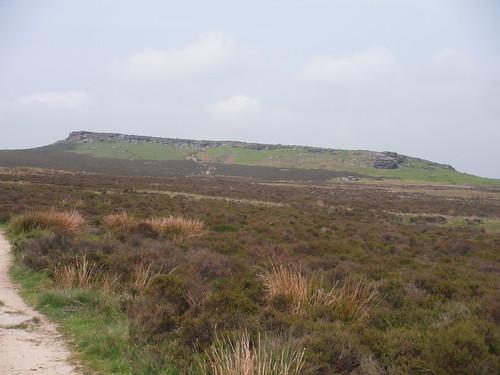 Stanage Edge South SWC Walk 266 - Sheffield to Bamford (via Burbage Rocks and Stanage Edge) or to Moscar Lodge