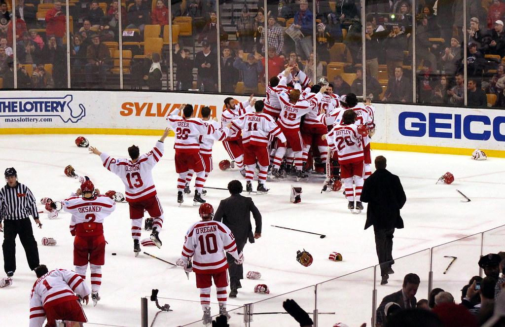 Boston University wins the 2015 Hockey East Championship