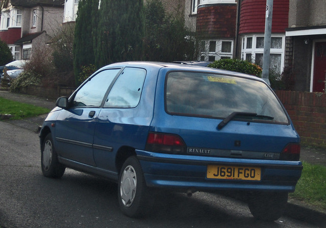 1992 Renault Clio RT Automatic