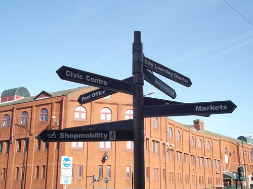 Wolverhampton St Georges Tram Stop - Fingerpost - Bilston Street | by ell brown