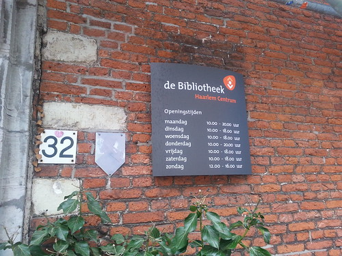 Bibliotheek Haarlem   by Raymond Snijders