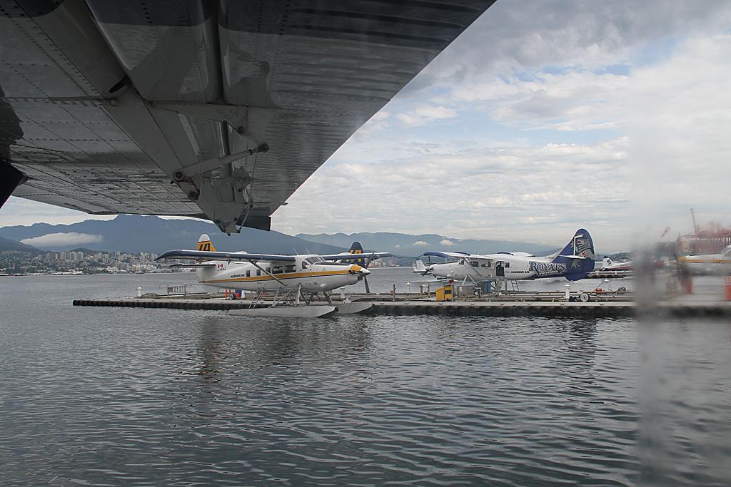HarbourairDHC3-C-FHAX-4