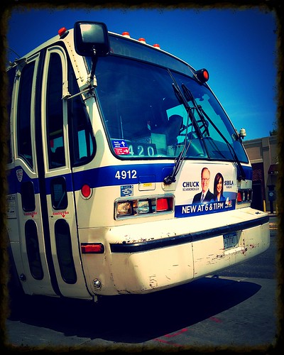 Q30: NovaBus RTS-06 - MTA/NYCT Bus #4912 – Union Tpke/Utopia Pkway, Queens, New York. | by Esoteric_Desi