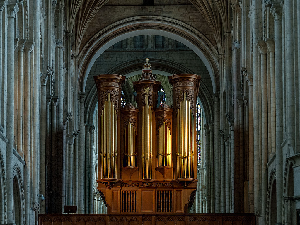 The organ at Norwich Cathedral - Copy   David Hollows   Flickr