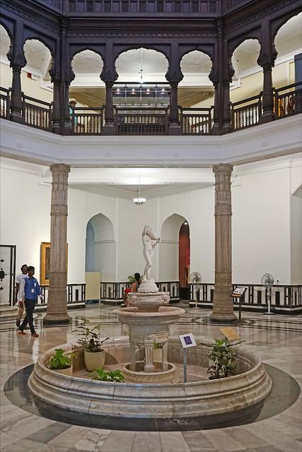 Le grand hall du musée (Museum CSMVS, Mumbai, Inde)