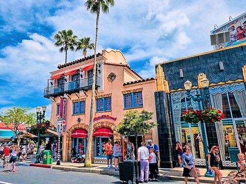 Hollywood Boulevard at Disney Hollywood Studios   by magicalfanaticism