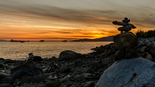sunset tourism beach vancouver clouds nikon rocks stones britishcolumbia sigma wideangle inuit sunsetbeach dslr build monuments inukshuk piles formations rockman d7000