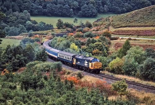 englishelectric class37 37428 cambrianrailway comminscoch