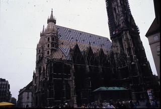 AT Viena 9807 001