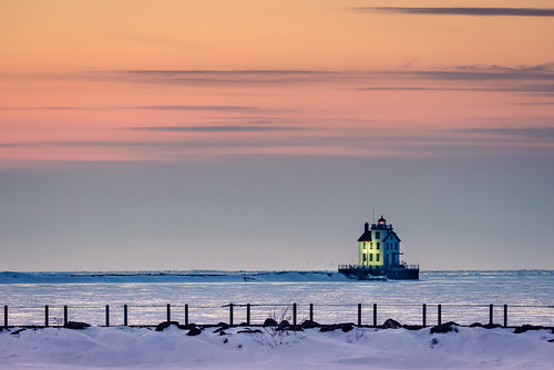 windows winter light sunset ohio sky lighthouse house snow cold ice water weather clouds port nikon rocks break lakeerie walls tamron polls