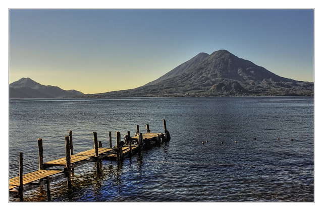 Panajachel GCA  - Lago de Atitlan with Volcán Tolimán 06