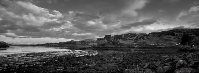 Eilean Donan Castle - Black & White