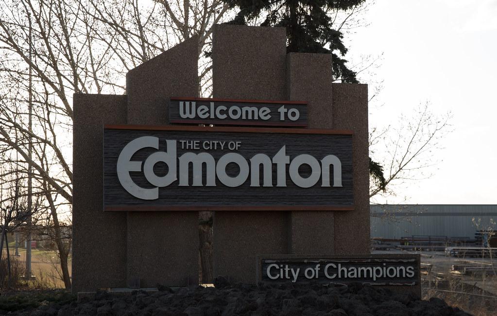 Edmonton welcome sign