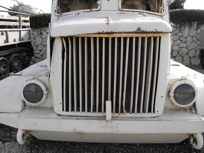 AT-L Artillery Tractor 9