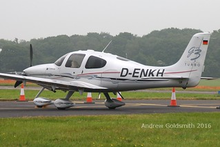 v D-ENKH Cirrus SR22 | by sickbag_andy