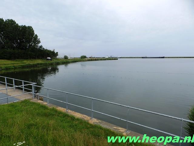 2016-06-11        Almeerdaagse     5e dag 42.5 Km (21)