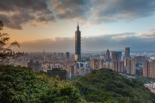 Sunset at Taipei City